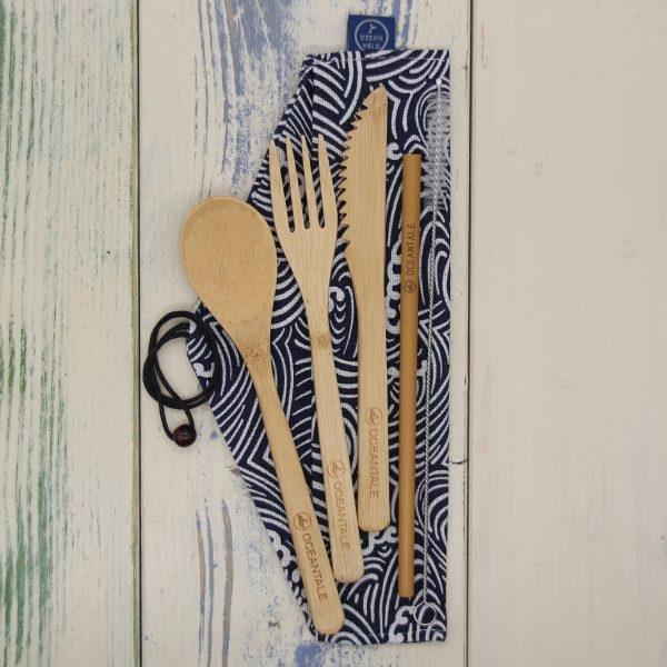 Besteck-Set aus Bambus mit Stofftasche