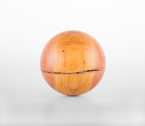 Dekokugel aus Pflaumenholz handgefertigt - Unikat